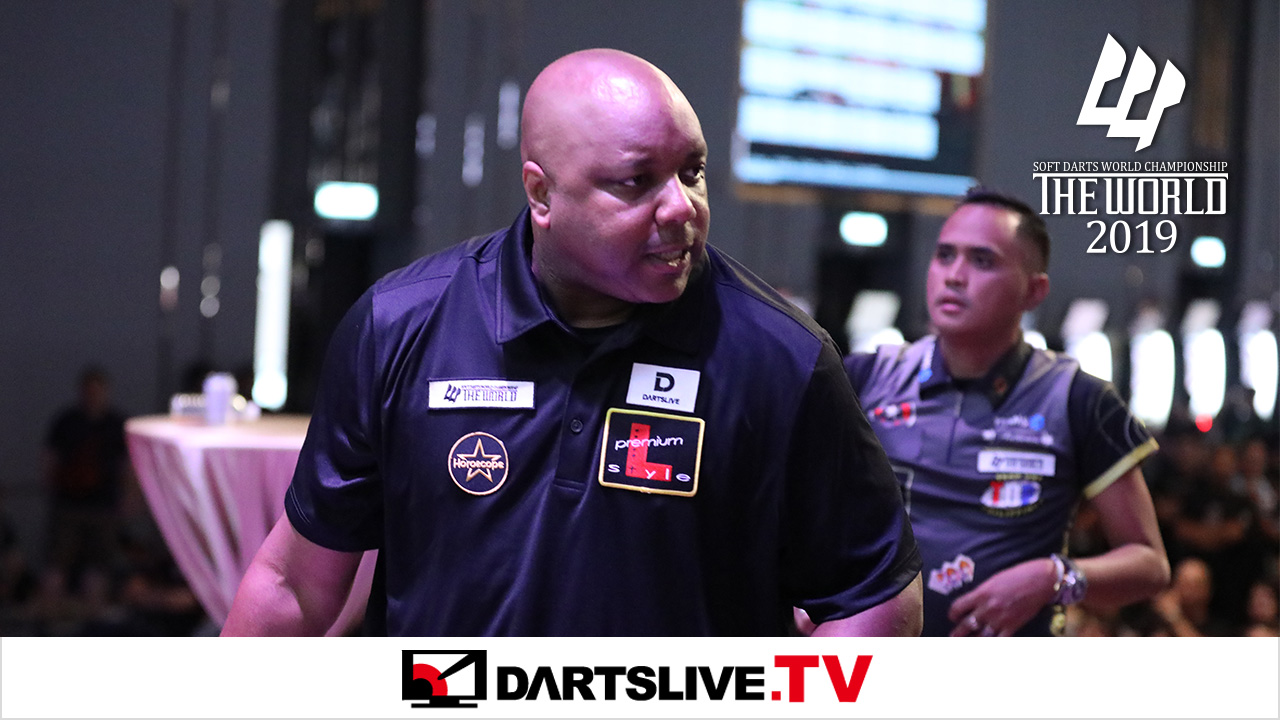 Match d'anthologie : Leonard Gates vs Lourence Ilagan【DARTSLIVE.TV】